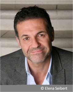 Khaled Hosseini (c)